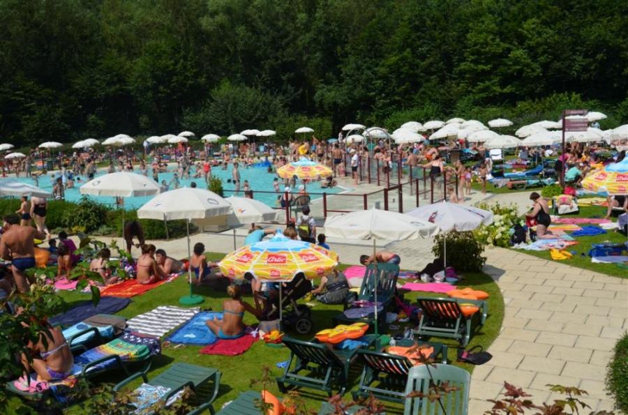 Bois des r ves piscine et plaine de jeux activit s pour for Piscine zaventem heure d ouverture